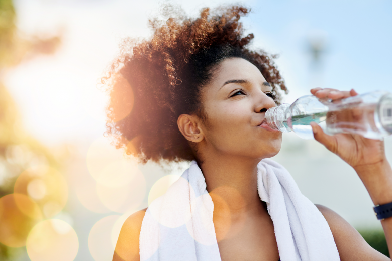 Stay hydrated this summer: 5 ways to save money on drinking water