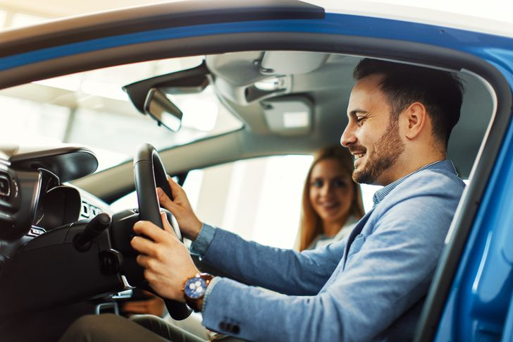 How to protect your credit when buying a new car