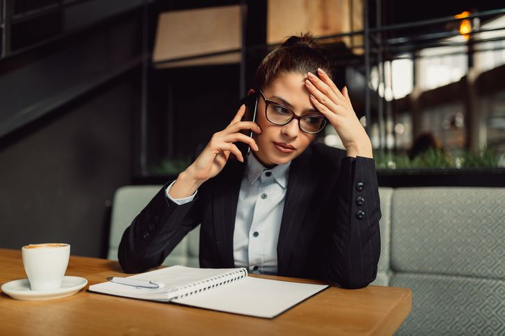 How to deal with a debt collector