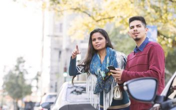 6 easy ways to save money on Uber & Lyft