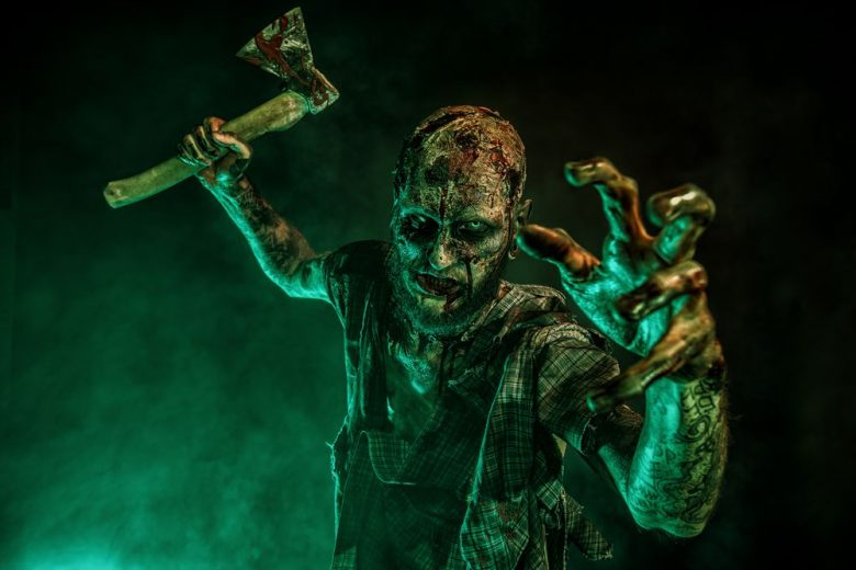 7 ways VR and AR can scare your friends on Halloween