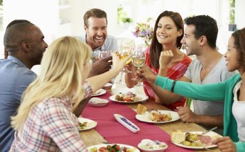 6 ways to cut the costs of expensive holiday meals