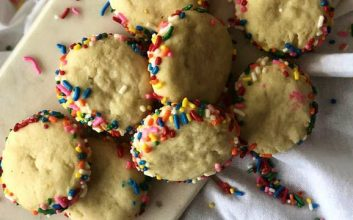 Add a sprinkle of color to your holidays with this $8 cookie recipe
