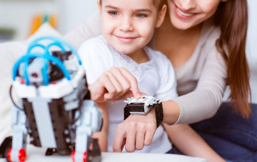 Tech gifts that kids will love this holiday season