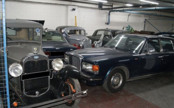 Scammers swipe classic cars worth $400K from elderly collectors