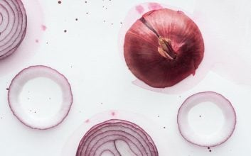 Here's how (and why) you should freeze your onions