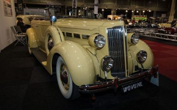 Barn find? 1927 Packard pulled from historic Philadelphia factory