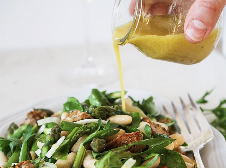 This asparagus panzanella salad is perfect for spring