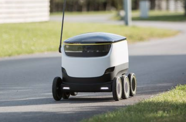 Robots are delivering food to these college students
