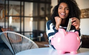 5 times you should invest your money in a savings account