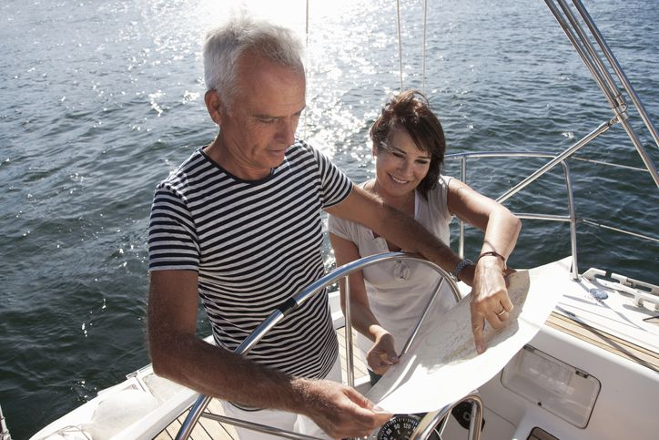 13 expert safety tips to stay safe while boating this summer