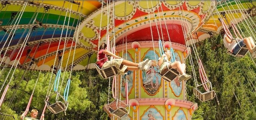 The Most Iconic Amusement Park in Every State