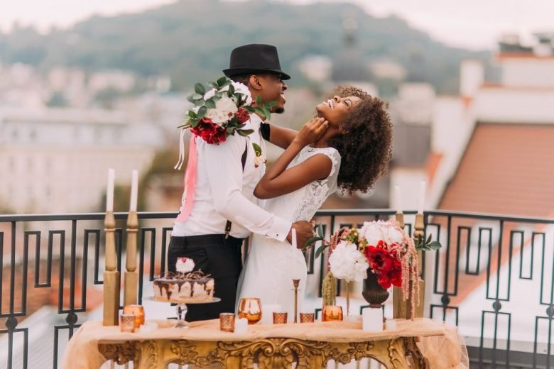 11 freebies & deals to help you save on your wedding