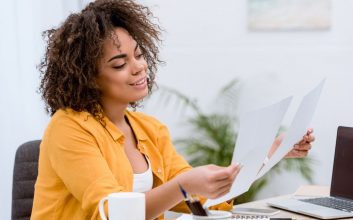 How to organize and manage your business bills