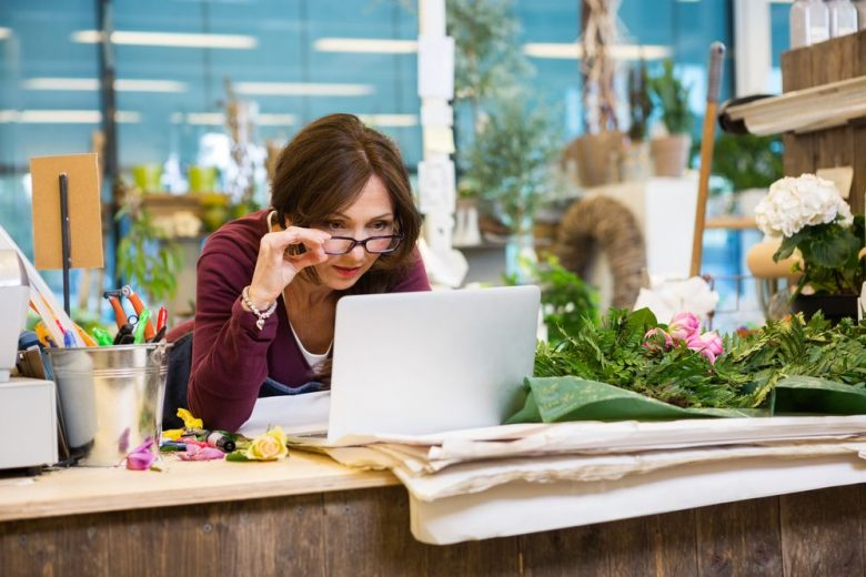 How to use online marketplaces to boost your small business sales