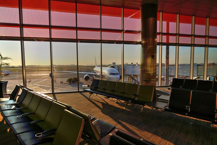 25 airports with the worst delays (and what it means for your holiday travel)