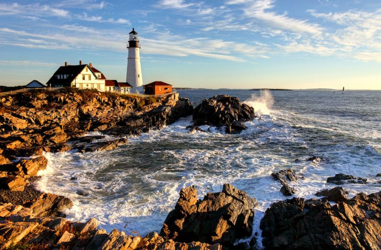 8 states & towns that will pay you to move there