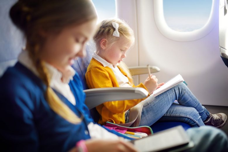15 tips for making flying with kids easier