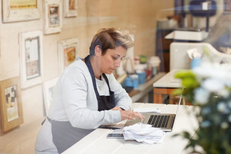 7 overspending traps for small businesses to avoid