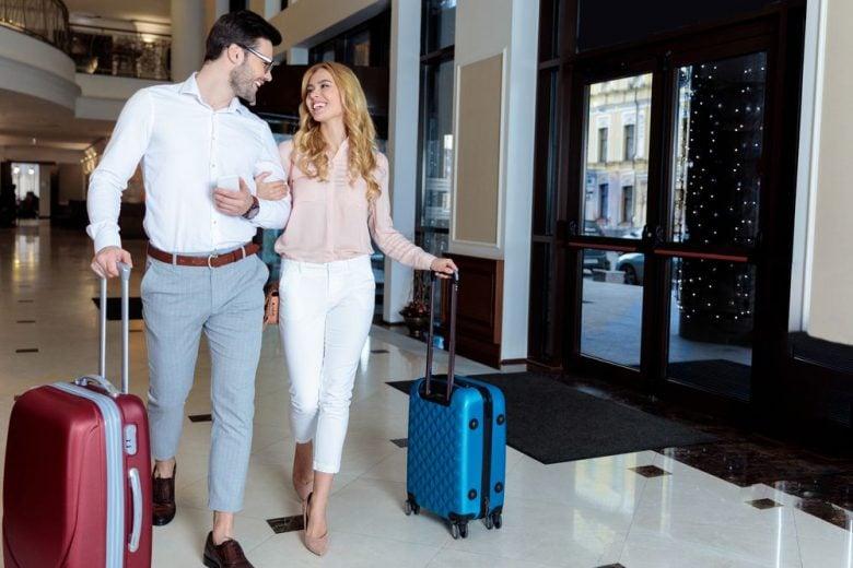17 savvy international travel tips to save you money