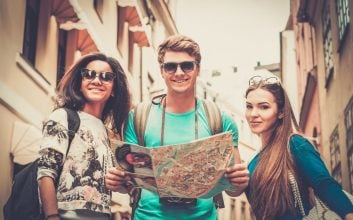 17 savvy international travel tips to save you money