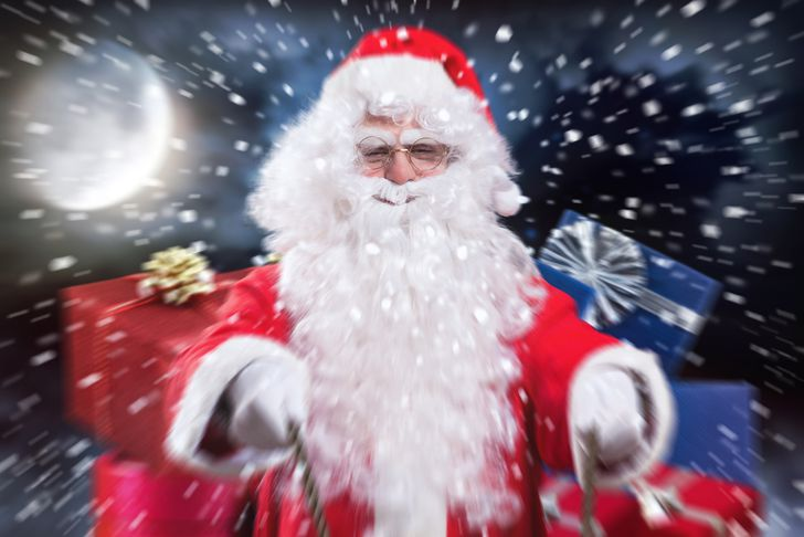 What if Santa used points & miles to travel on Christmas?