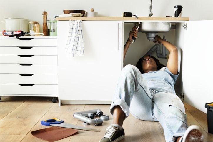 17 smart ways to save money on utilities