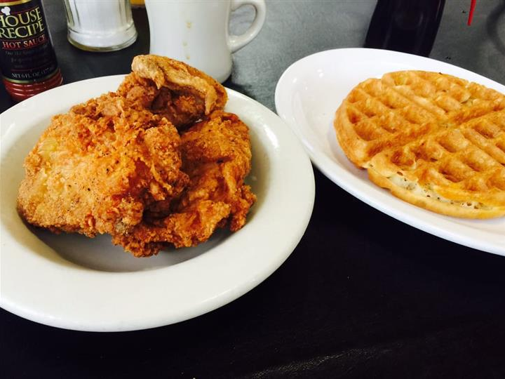 Great chicken & waffle joints in every state