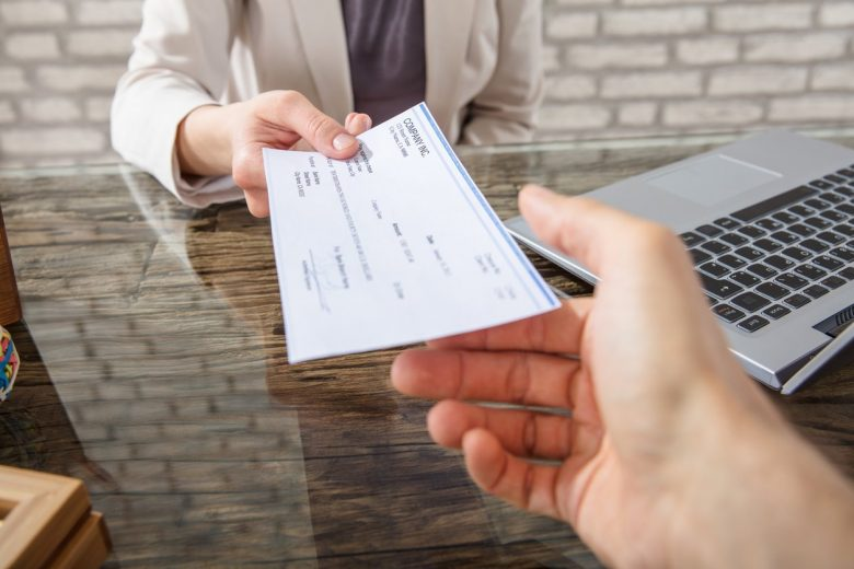 7 ways to avoid monthly account maintenance fees