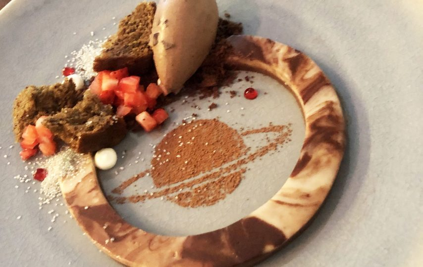 You've got to see this chef's creative banana splits