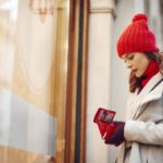 15 simple ways to control your holiday spending