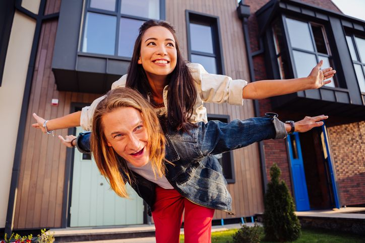 Buying a home with cash vs a mortgage