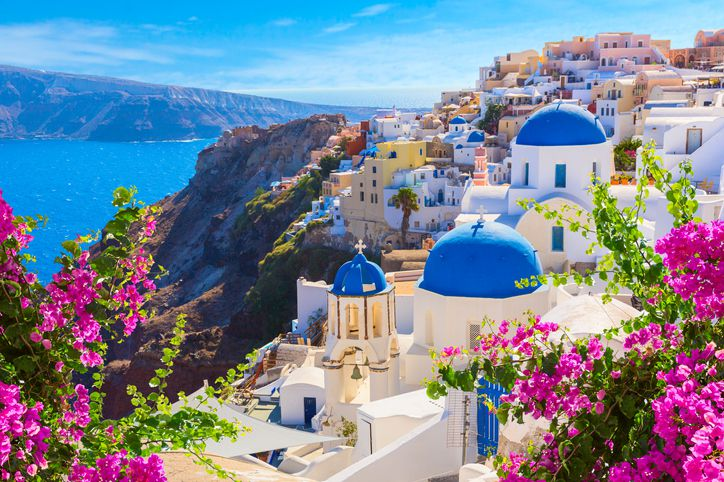 35 stunning places where the rich & famous holiday