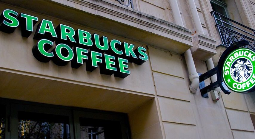 20 ways to save money at Starbucks & Dunkin'