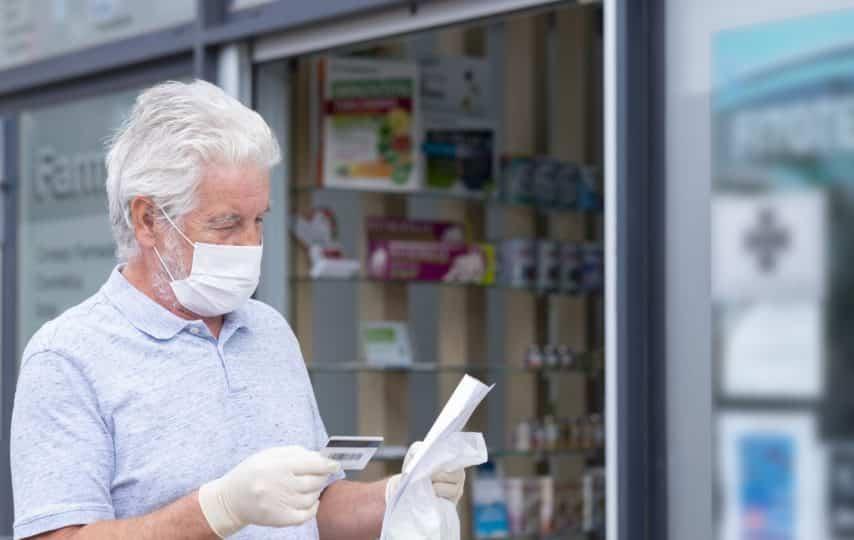 10 ways to save money at pharmacies