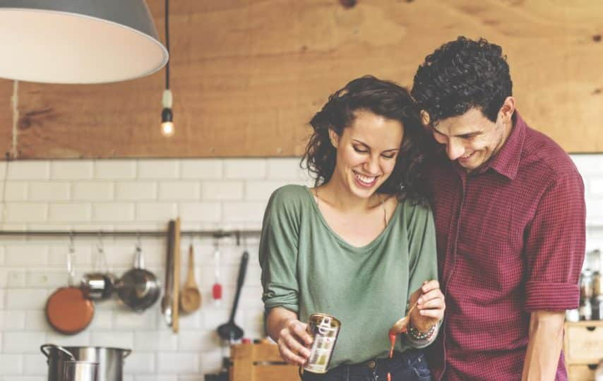 30 date night ideas that won't blow your budget