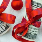How to make a gift of money more creative