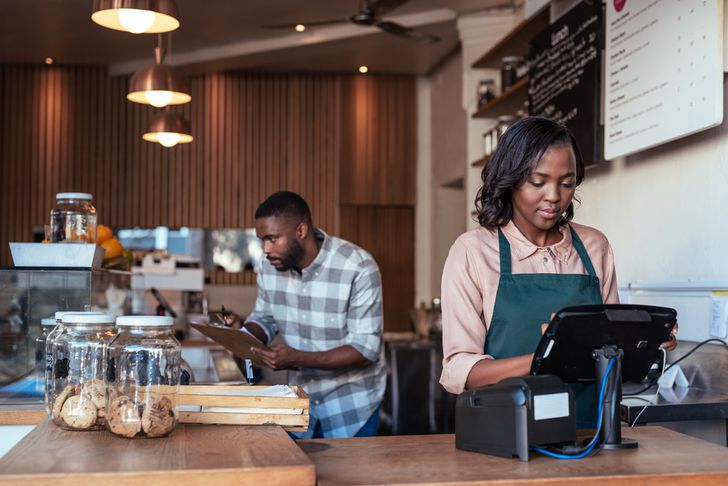 How to calculate payroll taxes: Tips for small business owners