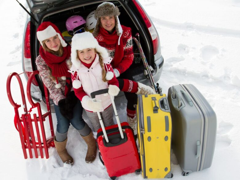 Easy ways to save when traveling with kids