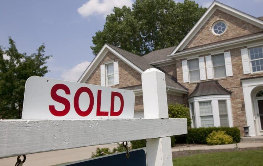 20 ways to save money when selling your home