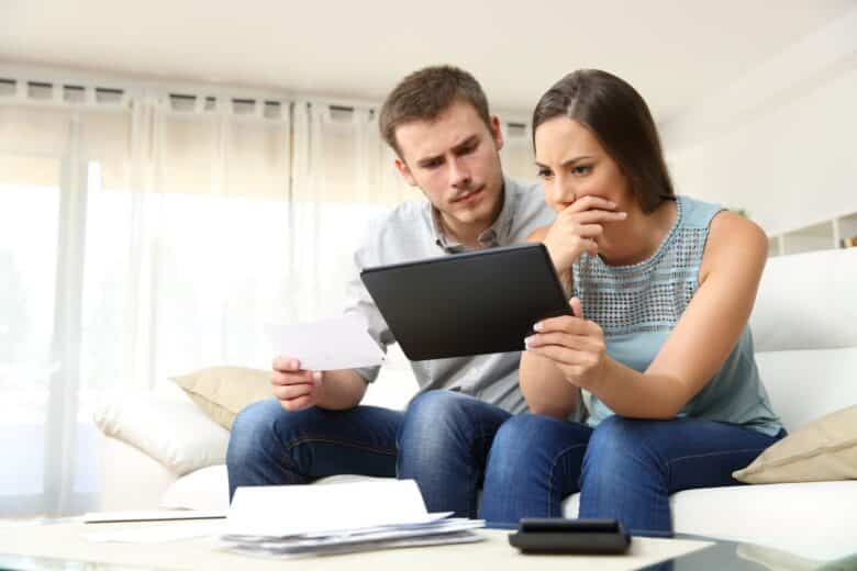 8 signs you have too much debt
