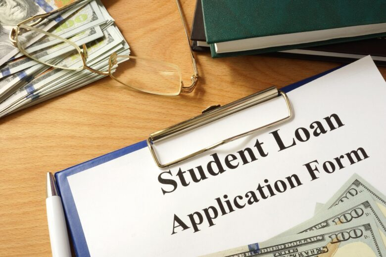 How college financial aid works