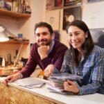 Fun & creative side hustles you can do as a couple