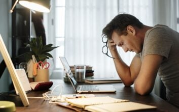 7 tips for maintaining mental wellness in the workplace