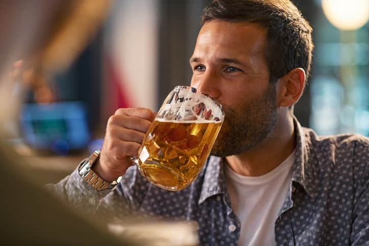 Binge drinking & smoking surprisingly common in these 'healthy' states