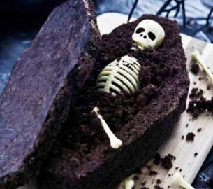 Coffin cake for Halloween