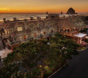Stephanie Inn Hotel, a beautiful US beach resort