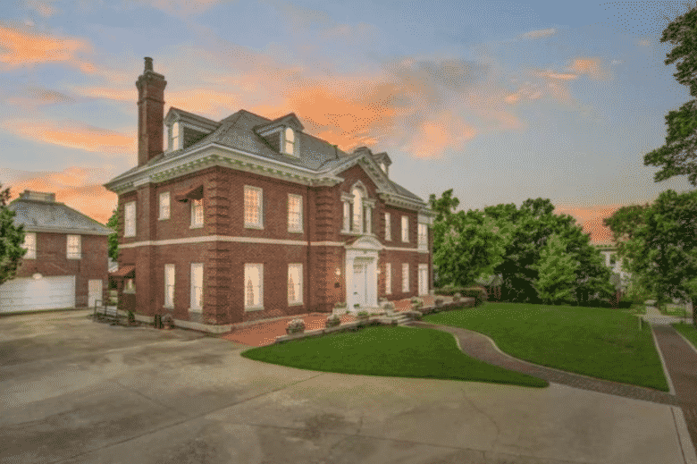 These American cities have the most affordable mansions