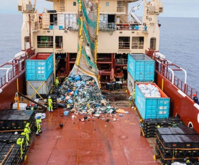 'The Jenny' ocean cleanup effort